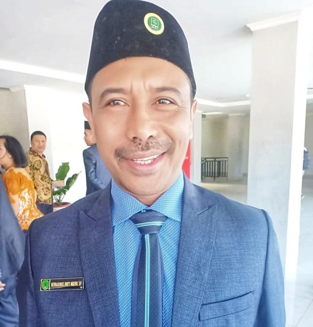 Pimpinan Dprd Ditetapkan Bernadinus Dhey Ngebu Jadi Ketua Dprd Ngada Kumparan Com