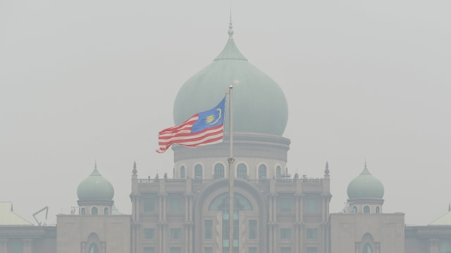 Udara Tercemar Asap, Seluruh Sekolah di Ibu Kota Malaysia Diliburkan (181244)