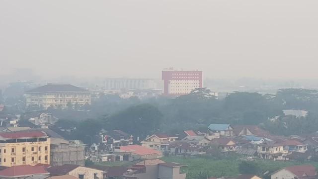 Foto: Kondisi Terkini Kabut Asap di Pontianak, Kalimantan Barat (287986)
