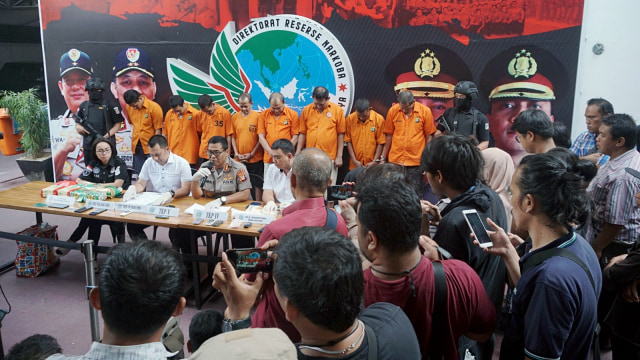 Foto: Wajah 8 Pengedar Sabu Jaringan Malaysia-Batam-Jakarta (60704)