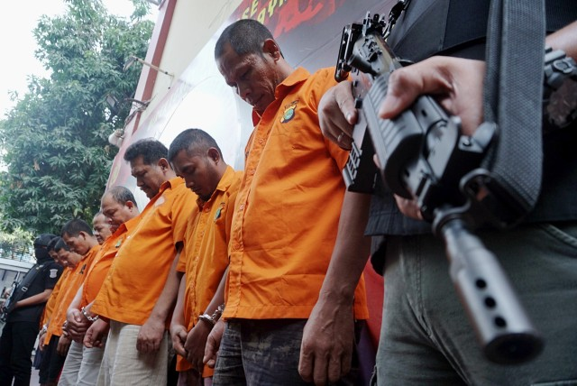 Foto: Wajah 8 Pengedar Sabu Jaringan Malaysia-Batam-Jakarta (60697)