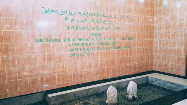 Cerita Makam Keramat Nenek Tane Mela di Gorontalo (189635)