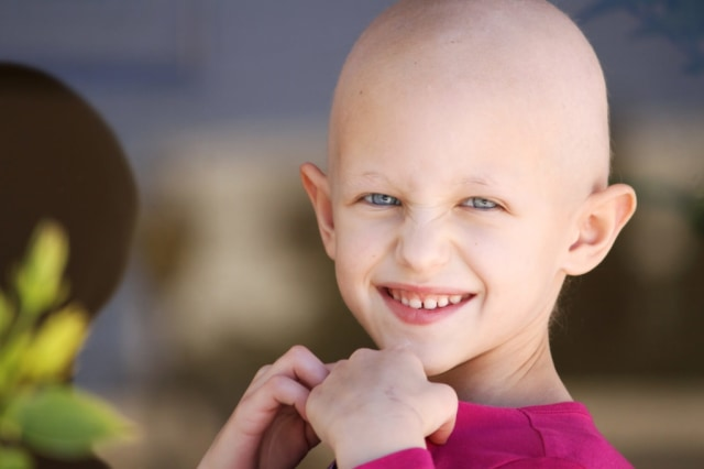 Ini Alasan Kenapa Rambut Feby Febiola Alami Kerontokan Akibat Kemoterapi (51489)