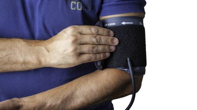 Pentingnya Rutin Cek Tekanan Darah di Rumah untuk Hindari Hipertensi (345315)