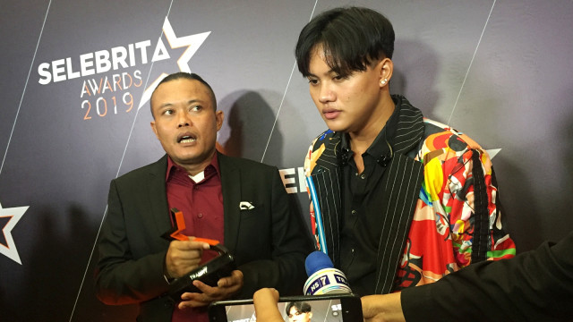 sule dan rizky febian ditemui di Selebrita Awards 2019