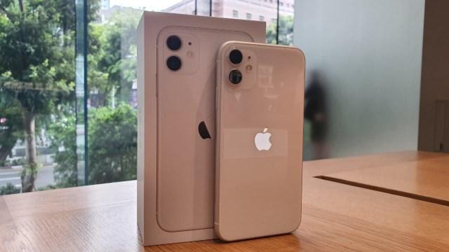 3 iPhone Ini Juga Dijual Tanpa Charger dan Earphone Seperti iPhone 12 (70469)