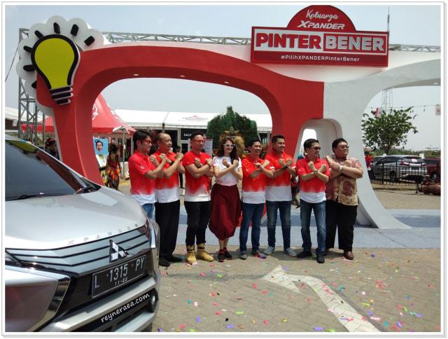Keseruan XPANDER Pinter Bener Family Festival Di Surabaya  (122889)