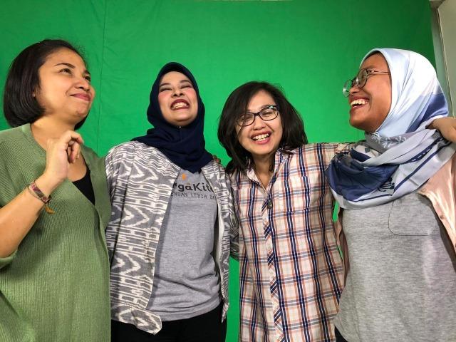 Belajar Bersama Orang Tua dari Seluruh Indonesia (1000363)