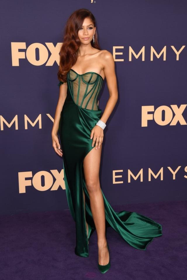 Zendaya Jadi Aktris Termuda yang Memenangkan Emmy Awards 2020 (95257)