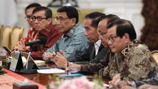 Perwakilan DPR temui Jokowi di Istana Merdeka