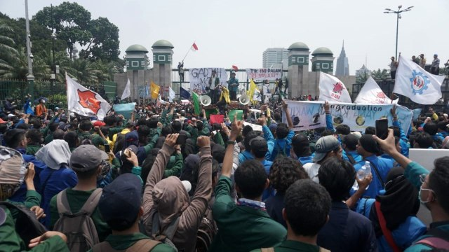 Penyerangan Asrama Papua, Motivasi Awal Ananda Badudu Galang Dana (39856)