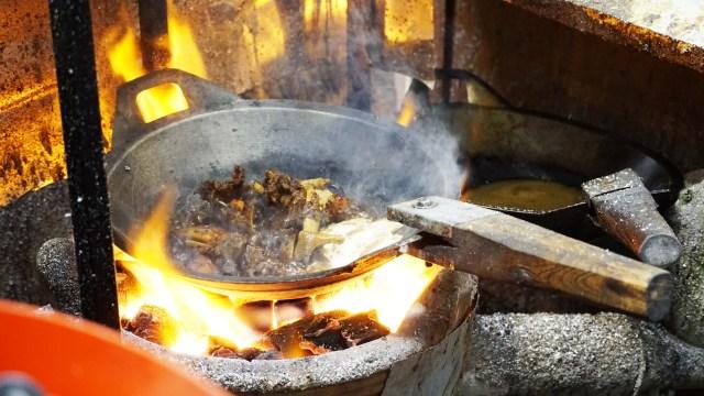 Nasi Timbu hingga Sate Klatak, 5 Makanan Khas Idul Adha dari Berbagai Daerah  (146300)