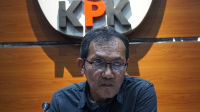 Kata Eks Pimpinan KPK Disebut Mahfud MD Kurang Berprestasi Dibanding Firli dkk (93319)