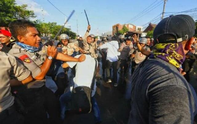 4 Jurnalis Makassar Korban Kekerasan Polisi, Ini Kronologinya (29476)