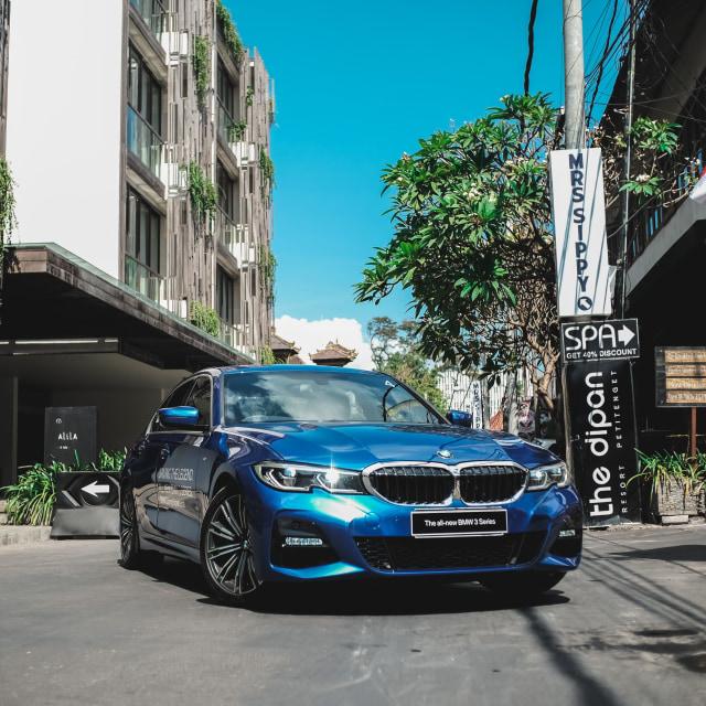 BMW 318i Mesin Baru, akan Ganggu Mercedes-Benz C180 (88975)