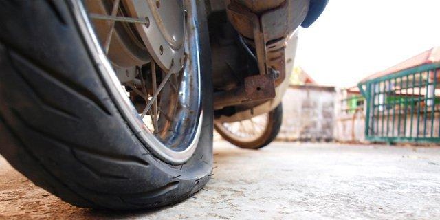 Efek samping gunakan kendaraan dengan ban minim tekanan.