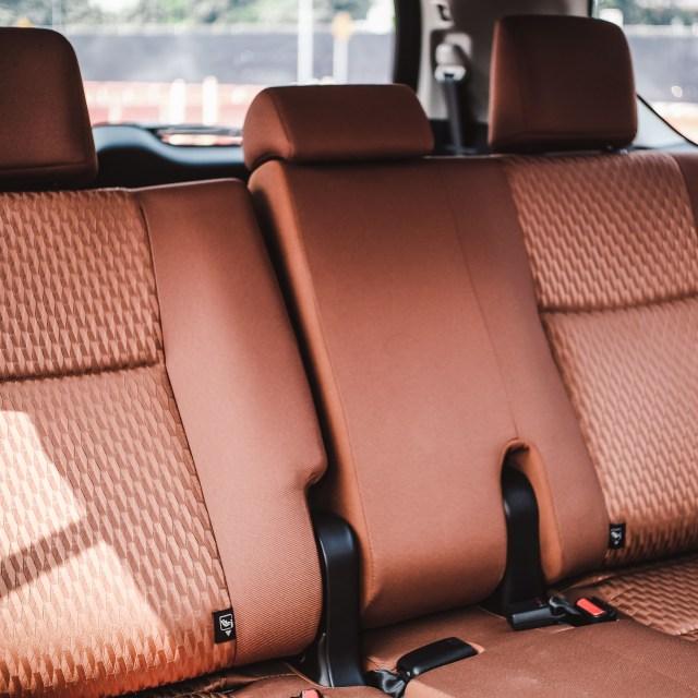 Modal Rp 250 Juta, Pilih Toyota Avanza Baru atau Toyota Innova Bekas? (4138)