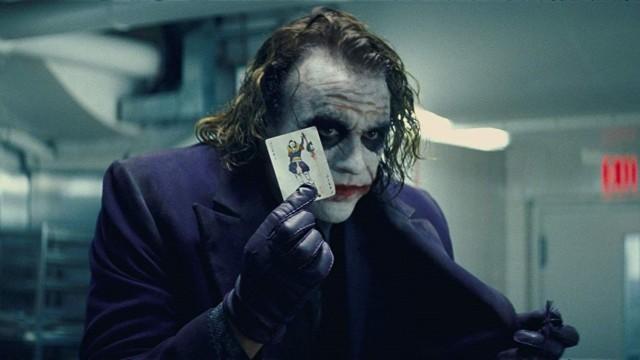 Membandingkan Joker Versi Heath Ledger dan Joaquin Phoenix (594187)