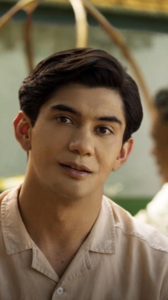 (NOT COVER) Reza Rahadian jadi Habibie Remaja di 'Habibie & Ainun 3'