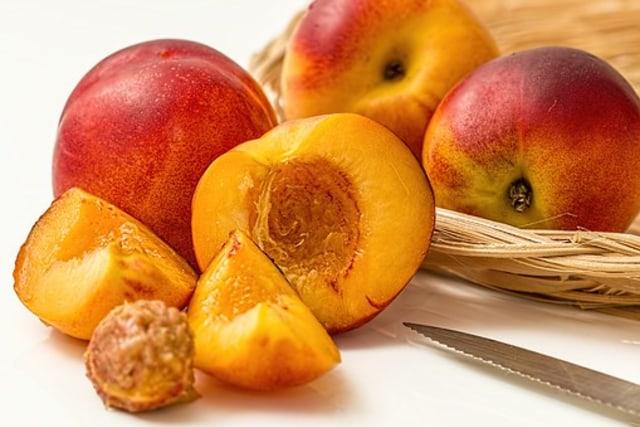 Manfaat Buah Peach Alias Persik untuk Makanan Bayi (83144)
