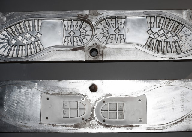dr. Tirta: Sepatu Lokal Bisa Bersaing dengan Merek Luar (161318)