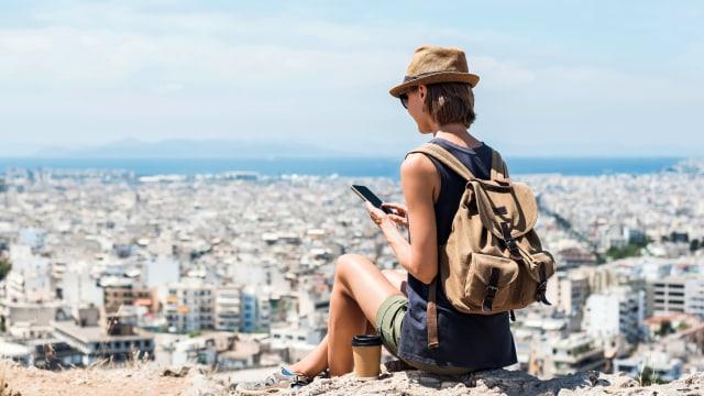 Traveling Hanya Ditemani Ponsel Itu Tidak Mudah, Ferguso! (109955)
