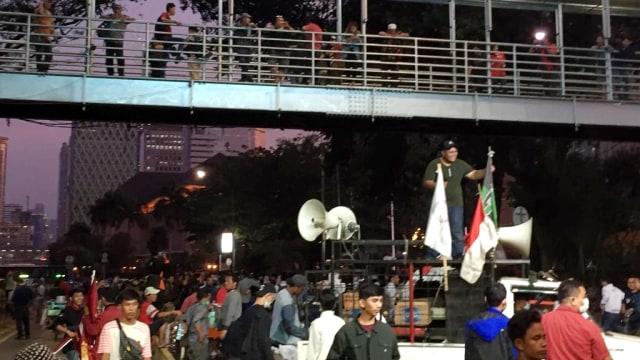 Demo Mahasiswa di Jalan Medan Merdeka Barat Membubarkan Diri (95222)