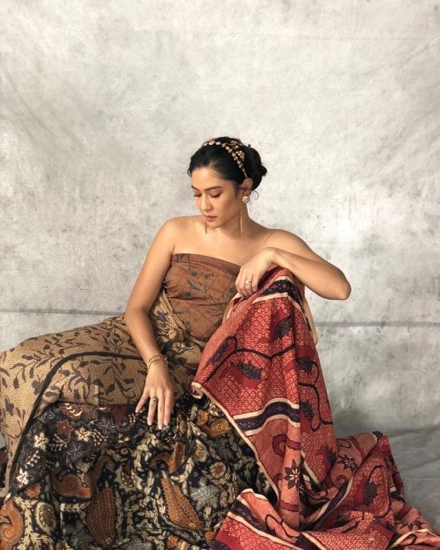 Pentingnya Batik bagi Dian Sastrowardoyo (5088)