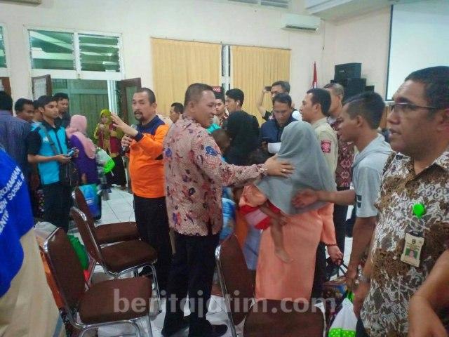 21 Pengungsi Gelombang Dua Tiba di Sampang (501323)