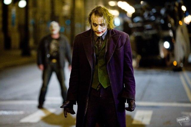 Membandingkan Joker Versi Heath Ledger dan Joaquin Phoenix (594189)