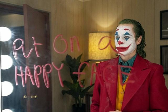 Membandingkan Joker Versi Heath Ledger dan Joaquin Phoenix (594192)