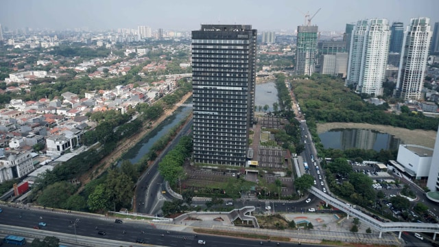 Gempa 5,4 M di Rangkasbitung Goyang Gedung Perkantoran di Jakarta (123912)
