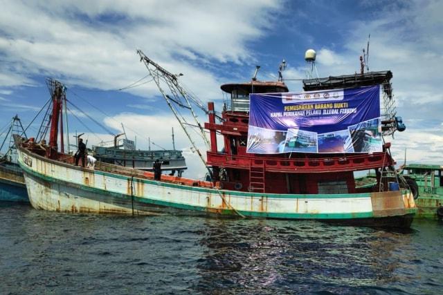 Kapal asing ilegal, penenggelaman kapal, Kementerian Kelautan dan Perikanan (KKP) di Perairan Kalimantan Barat
