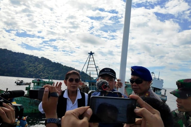 Susi: Penenggelaman Kapal Asing Pencuri Ikan Bikin Rakyat Sejahtera (10424)