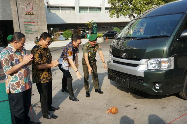 Corona Tak Kunjung Reda, Permintaan Mobil Spek Ambulans Meningkat (264427)