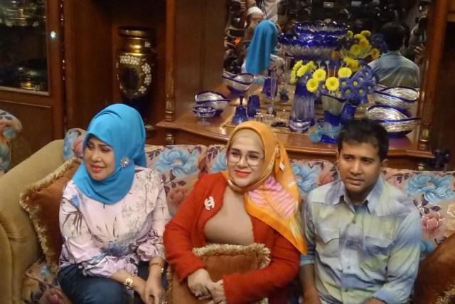 Elvy Sukaesih, Fitria Sukaesih, Syechan, Dhawiyah terkait penangkapan Muhammad