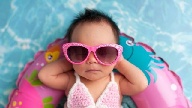 Perlukah Bayi Pakai Kacamata Hitam? (18226)