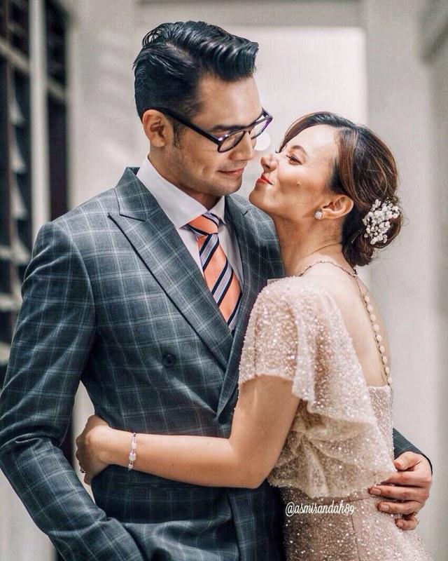 Asmirandah dan suaminya Jonas Rivanno (Not Cov)