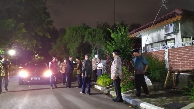 Anwar Ibrahim sambangi kediaman Presiden ke-3 BJ Habibie di Patra Kuningan, Jakarta Selatan, Rabu