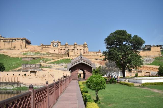 Menjelajahi Amer Fort, Benteng Berarsitektur Megah di Jaipur, India  (399443)