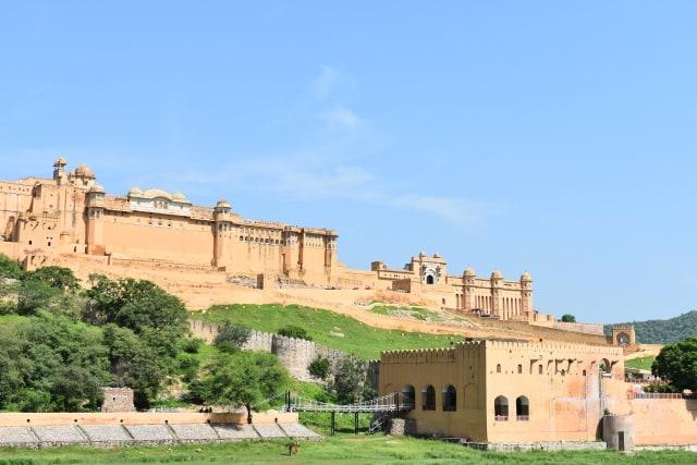 Menjelajahi Amer Fort, Benteng Berarsitektur Megah di Jaipur, India  (399444)