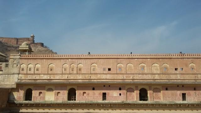 Menjelajahi Amer Fort, Benteng Berarsitektur Megah di Jaipur, India  (399452)