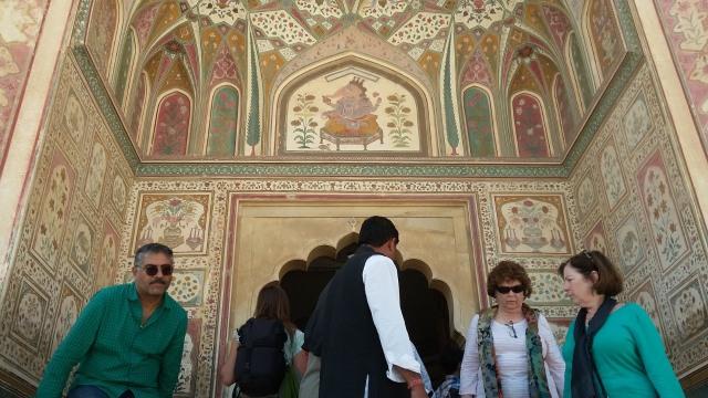 Menjelajahi Amer Fort, Benteng Berarsitektur Megah di Jaipur, India  (399455)