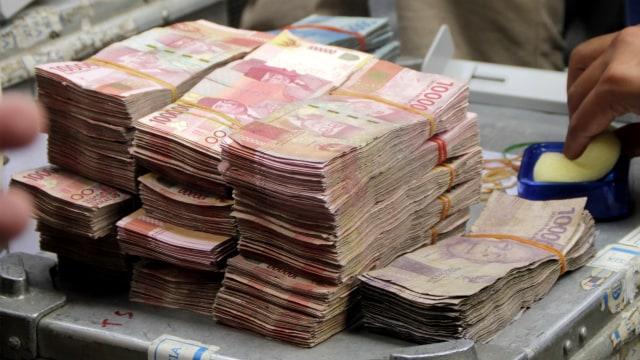 Alokasi Dana APBA Rp 2,7 Miliar Untuk Kadin Aceh Jadi Sorotan Publik (417045)