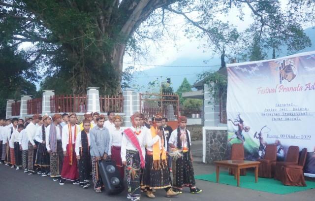 Foto: Menengok Festival Pranata Adat di Manggarai, NTT (297701)