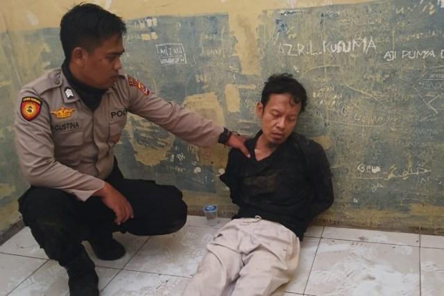 Pria dan Wanita Penyerang Wiranto di Banten Ditangkap (51855)
