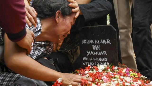 Pemakaman Akbar Alamsyah