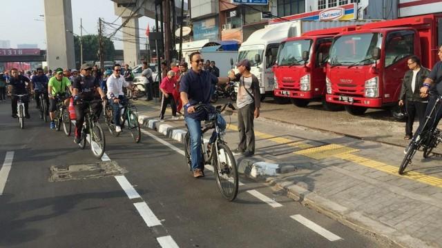 Gubernur DKI Jakarta, Anies Baswedan, uji coba jalur khusus sepeda fase 2