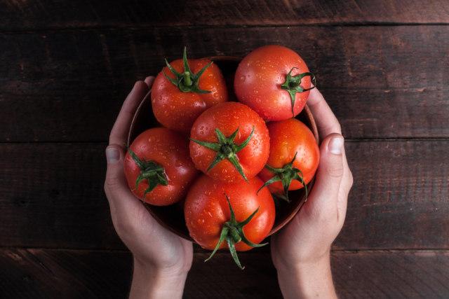 Riset: Tomat dan Minyak Zaitun Cegah Risiko Kematian akibat Penyakit Jantung (44426)
