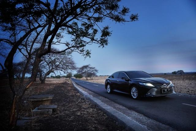 Penjualan Model Premium Toyota di Semester 1 2021, Land Cruiser Naik Tipis (1247815)